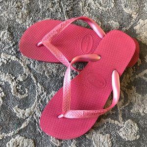 Pink Havaianas • sz 9
